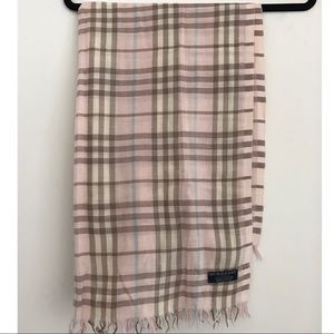 Burberry lightweight cashmere scarf/shawl